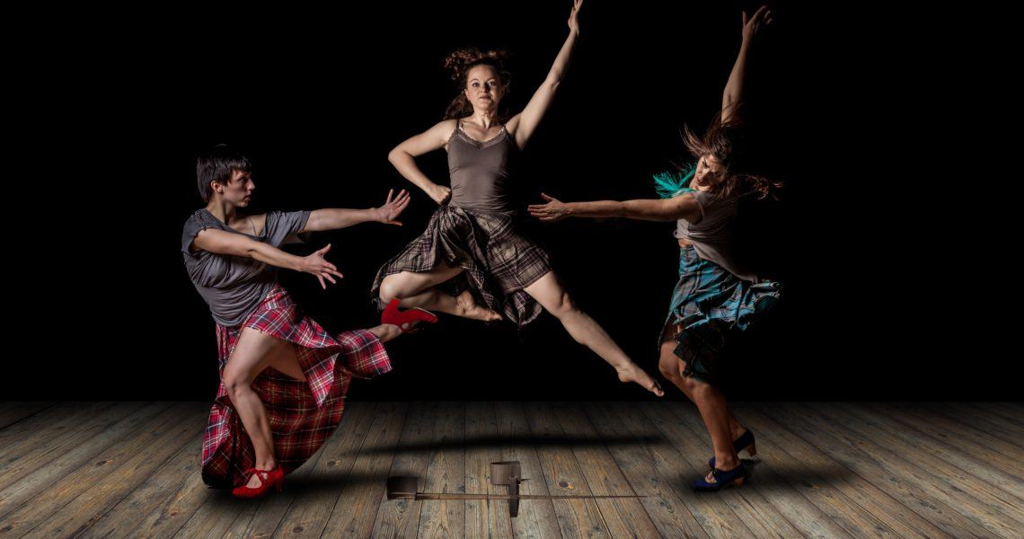 Jen Wren presents '6 Feet, 3 Shoes' at Kala Sangam